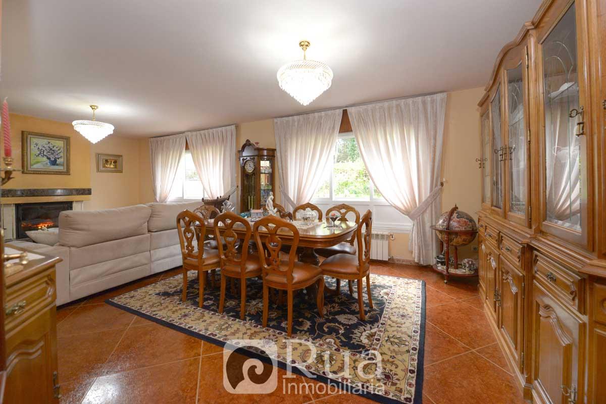 CHALET VENTA BERGONDO, 7 HABITACIONES, 3 BAÑOS, 2820 m² FINCA
