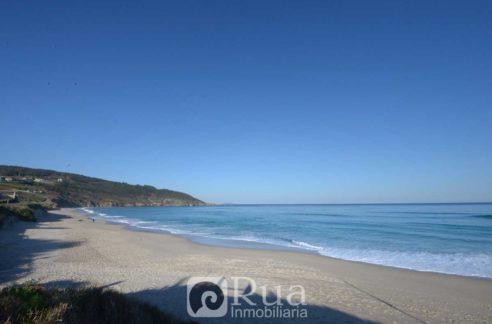 chalet venta Carballo, primera línea playa