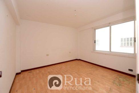 Piso venta Coruña, 4 habitaciones, zona Los Puentes, reformar