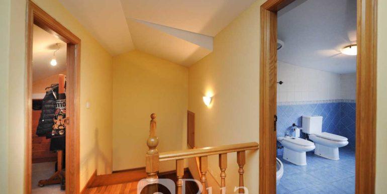 Chalet Carral, 2 viviendas, 8 habitaciones