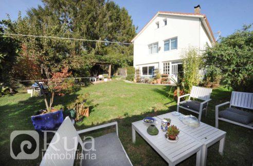 chalet venta Oleiros, 4 habitaciones, 3 baños, finca 550 m2