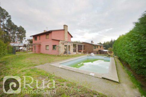 chalet venta Sada, 5 habitaciones, 4 baños, piscina, finca 800 m2